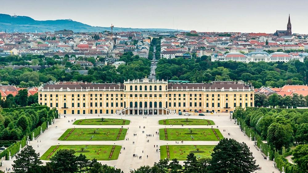 bec schonbrunn palata austrija