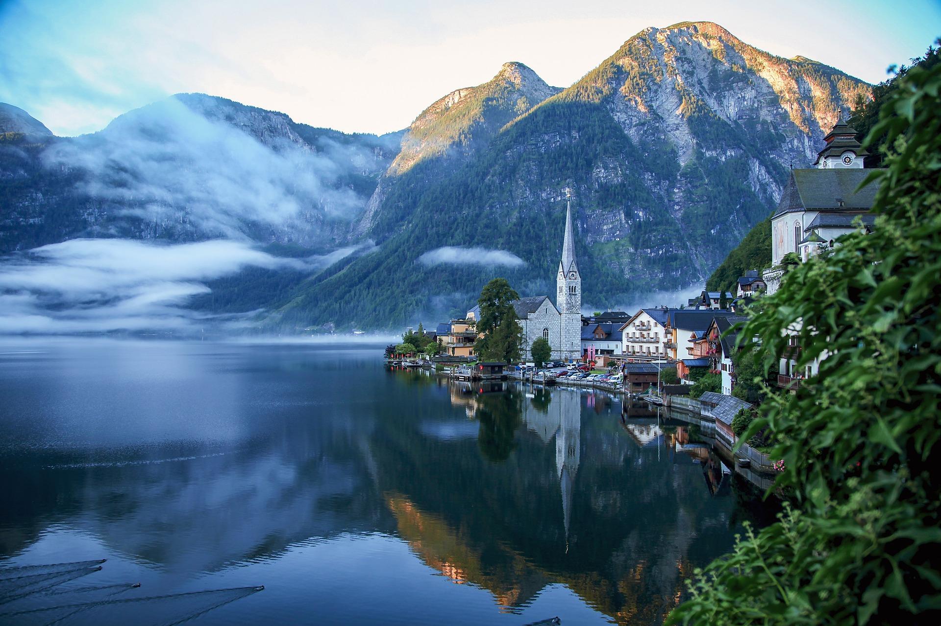 hallstatt austrija jezero