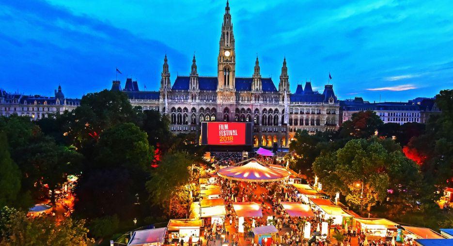 Film Festival na Rathausplatz bec